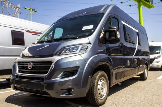Autocaravana McLouis Menfys Van 3 Maxi S-Line - Antracita  -