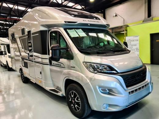 Autocaravana Adria Matrix Supreme M 670 SL
