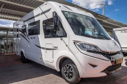 Autocaravana McLouis Nevis 822